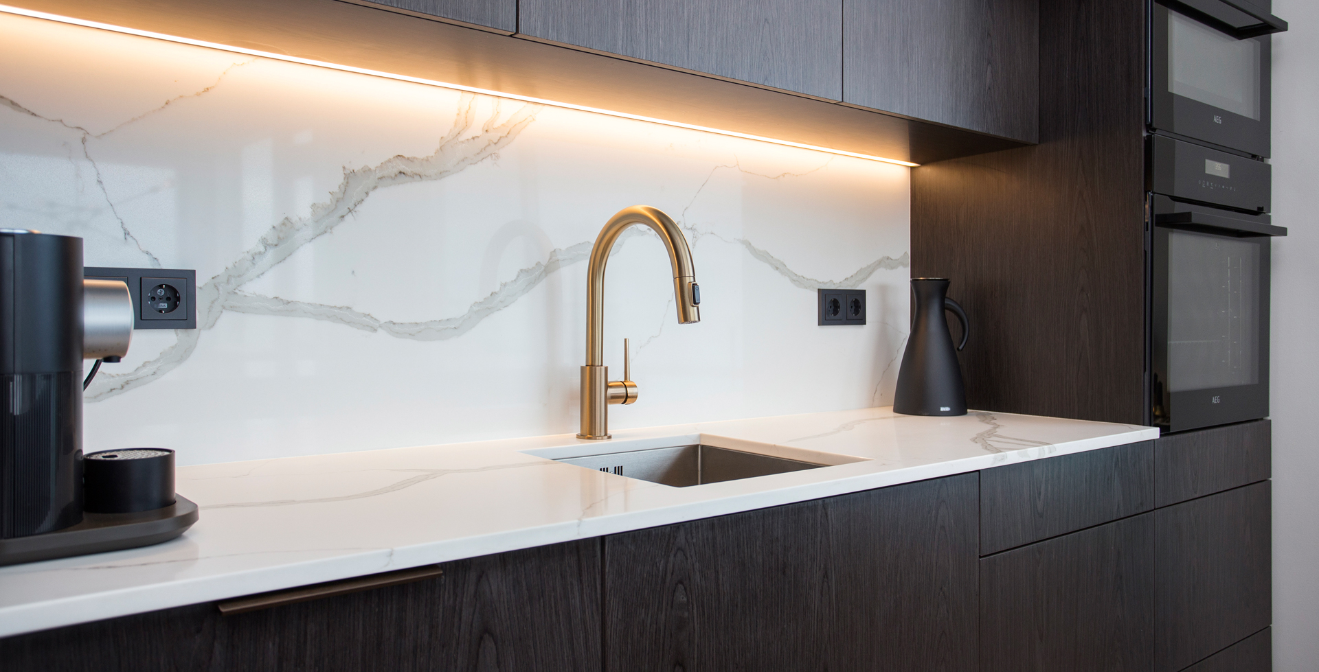 calacatta-hq-backsplash